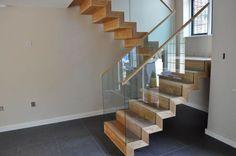 Freitragende halbgewendelte Treppe - NEVILLE AVENUE - ArchiExpo