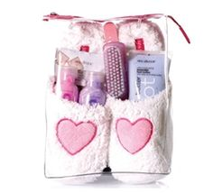 Super cute idea as a gift! You can buy it online or make it more personalized by going to a store that sells these products...love it!