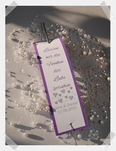 Erhältlich in 19 verschiedenen Farben Infos und Kontakt unter www.creative-for-you.at Event Ticket, Creative, Cards Against Humanity, Heart Tree, Host Gifts, Card Wedding, Little Gifts, Handmade, Birthday