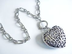 Tibetan Silver Stunner - Filigree heart with funky front clasp for interchanging pendants
