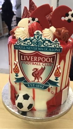Behind the scenes snap of a Liverpool Cake. Soccer Birthday Cakes, Birthday Drip Cake, Birthday Cake Girls, Soccer Cakes, Daddy Birthday, Liverpool Cake, Liverpool Soccer, Rugby Cake, Single Tier Cake