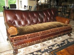 High Quality Combination Leather And Fabric Couches   Old Tufted Leather Couch With  Mixed Colors Leather And Single Cushion ... Looks So Comfy