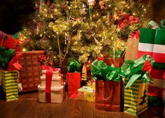 Check these 5 ideas for adding a little Dolce Vita to those gifts nestled under the Christmas tree