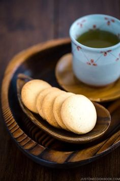 """Crisp, buttery, and melt-in-your-mouth, these Butter Cookies are made with just 5 ingredients and are great for any occasion! The dough can be rolled into a log shape and sliced, or cut out with cookie cutters. I recreated the popular dove-shaped butter cookies """"Hato Sabure"""" from Kamakura, Japan. #buttercookies #cookie #baking #japanesecookies 