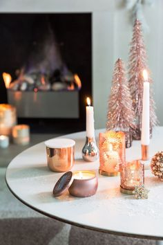 Amara | AmaraXmas2017 | Winter Blush | Christmas Inspiration | Elegant | Ethereal | Dusty Pink | Rose Gold | Feathers | Lace | Decadent | Coordinated | Pearls | Soft Pastel Interiors | Decorations | Interior | Interior123 | Interior Inspiration | Christmas Tree
