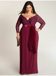 2019 new elegant long sleeve prom dresses v neck plus size mother off bride dresses for womens wedding party lace formal evening gowns mother of the bride Plus Size Holiday Dresses, Plus Size Gowns Formal, Plus Size Evening Gown, Plus Size Maxi Dresses, Special Occasion Dresses, Plus Size Outfits, Evening Gowns, Evening Party, Formal Gowns