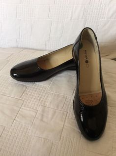5cb55d29fc3 GEOX RESPIRA LATHER Patent ladies shoes UK6.5 EU40 BNWOB Black