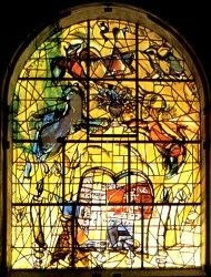 The tribe Levi ~ The twelve windows were created by Marc Chagall for the Synagogue of the Hadassah hospital in Jerusalem. They symbolize the twelve sons of Jacob, which made the twelve tribes of Israel. Marc Chagall, Cathedral Windows, Church Windows, Mosaic Glass, Glass Art, Theo Van Doesburg, Chagall Paintings, Shabbat Candlesticks, Sacred Art