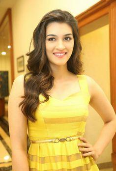 Kriti-Sanon-at-Telugu-Film-Dochey-Audio-Launch-stills-18