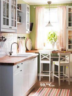 Modèle de cuisine Ikea Faktum Stat blanc cassé : esprit campagne