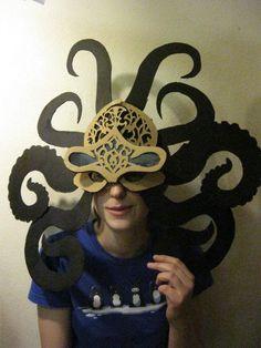 Máscara de pulpo hecha de cartón   -   DIY Octopus Cardboard Mask