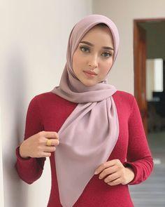Beautiful Hijab – In Hijaber – Hijab Fashion 2020 Modest Fashion Hijab, Modern Hijab Fashion, Muslim Women Fashion, Arab Girls Hijab, Girl Hijab, Muslim Girls, Hijab Bride, Muslim Brides, Wedding Hijab