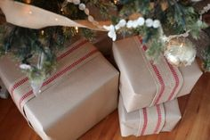 Virtual Holiday House Walk {Photo Bomb} | Jeanne Oliver-love the way the packages are wrapped.