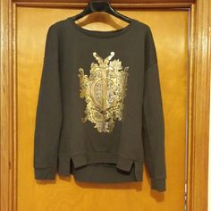 Juicy sweatshirt Very soft cute worn a couple of times Juicy Couture Tops Sweatshirts & Hoodies