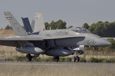 2013-10-02-spotters'day-tlp-albacete-f18-españa-C15-25-15-12-aterrizaje by miguelandujar, via Flickr