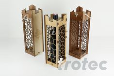 Laser cut wooden wine box - Free DIY instructions with recommended laser parameters for your Trotec laser. Trotec Laser, Laser Cut Box, Laser Cutting, Olive Wood Cutting Board, Cutting Wine Bottles, Gravure Laser, Wine Tasting Notes, Wooden Wine Boxes, Wine Country Gift Baskets