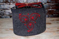 OFF Felt Laptop bag 15 inch with pocket satchel by etoidesign Macbook Pro 15, Laptop Bag, Satchel, Felt, Pocket, Trending Outfits, Shoulder, Unique Jewelry, Handmade Gifts