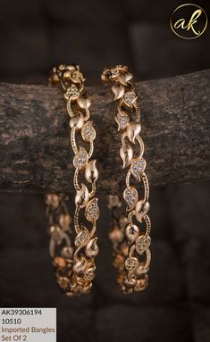 Gold Chain Design, Gold Bangles Design, Gold Earrings Designs, Gold Jewellery Design, Stylish Jewelry, Fashion Jewelry, Antique Jewellery Designs, Diy Jewelry Necklace, Gold Accessories