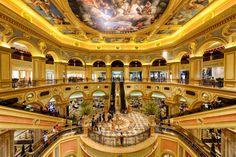 Top Five Luxurious Hotel & Casino Resorts