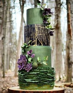 16 Emerald green This elegant four-tiered wedding cake is giving us all sorts of fairy-tale vibes More from CafeMom What Makes a Woman Wife Pretty Wedding Cakes, Elegant Wedding Cakes, Pretty Cakes, Elegant Cakes, Wedding Cake Decorations, Wedding Cake Designs, Gorgeous Cakes, Amazing Cakes, Green Cake