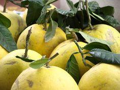 grapefruit on Tet New Year