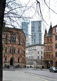 Che sia per le strade di Manchester ... la Tana del Coniglio: Manchester
