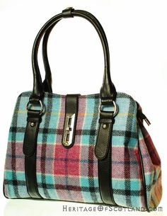 Click on the photo to go to our online store. Plaid handbag.    Ladies Wool Tartan Handbag, Clasp, Light Blue Check    Product ID: 18965