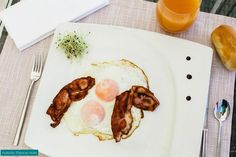 Would you like a good plate of fried eggs and a rasher of smoky bacon for breakfast?  http://www.hoteladriaticpalace.com/