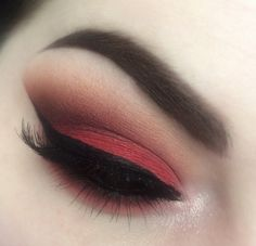 Makeup Geek Eyeshadows in Bitten, Cocoa Bear, Corrupt, Peach Smoothie, Poppy and Razzleberry. Look by: Balanceofbeautee