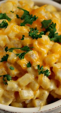 Crock Pot Comforting Cheesy Potatoes