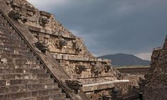 Secret Tunnel Discovered Under #Ancient Mesoamerican #Pyramid In Teotihuacán http://historybuff.com/secret-tunnel-discovered-under-ancient-mesoamerican-pyramid-teotihuacan-xYWmdWNLqMLv? #historybuff