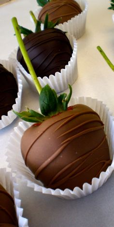 I'm sure that you have seen the picture of this recipe on Pinterest or Facebook and you like it, it was used in valentine day, is delicious, romantic and so eas | See more about chocolate covered strawberries, chocolate strawberries and chocolate covered.