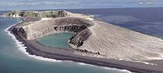 Καρέ καρέ πώς δημιουργήθηκε το νεότερο νησί στον κόσμο -Πριν τρία χρόνια, μυστηριωδώς, στον Ν. Ειρηνικό [βίντεο]
