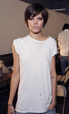 Love this long pixie shag cut