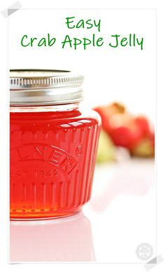 Easy Crab Apple Jelly is made with just 3 ingredients (crab apples, sugar & lemon) & doesn't require a jelly bag, just my simple hack! A delicious no added pectin recipe. Great for having with lamb, pork, game, cheese or simply spread on bread & butter. #crabapplejelly #crabapplejellyrecipe #crabapplejellyeasy #crabapplerecipes #crabapplejelly #crabapplejellyrecipehowtomake Crab Apple Recipes, Jelly Recipes, Jam Recipes, Yummy Recipes, Crab Apples, Apples And Cheese, Crabapple Jelly Recipe, Crab Apple Jelly, Pectin Recipe