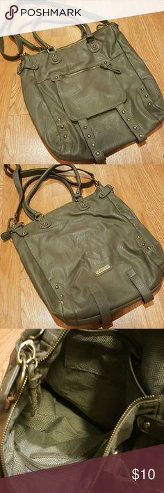 steve madden bag approximately 17 x 16. normal wear Steve Madden Bags Shoulder Bags