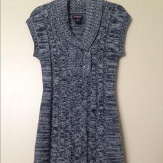 Beautiful marled gray sweater dress Beautiful marled gray sweater dress with thick and warm material. Very cozy and stylish! Dresses