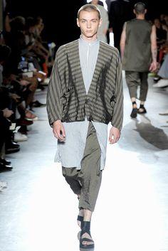 Damir Doma Spring 2012 Menswear Fashion Show