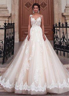 Buy discount Fabulous Tulle Bateau Neckline A-Line Wedding Dresses With Lace Appliques at Dressilyme.com