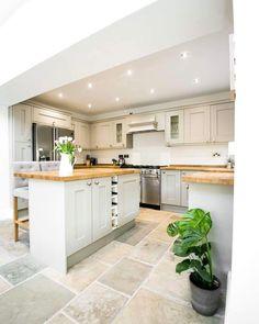 Shaker Kitchen - Image By Alex De Palma Kitchen Interior Kitchen Inspiration Stone Flooring, Kitchen Flooring, Flooring Ideas, White Flooring, Vinyl Flooring, Kitchen Interior, New Kitchen, Kitchen Ideas, Kitchen White