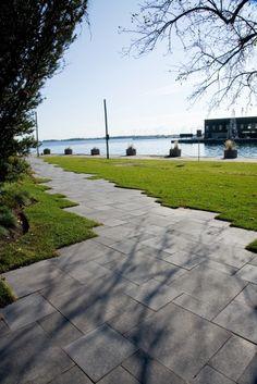 Unilock - Umbriano Park Walkway from Unitlock