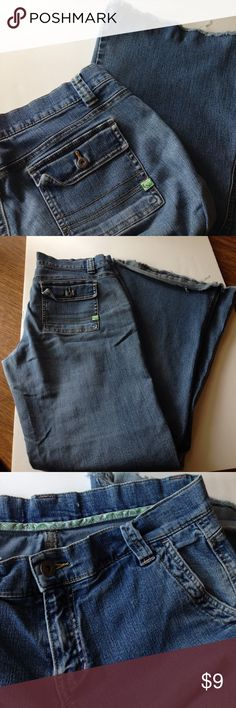 """ROXY My once favorite super soft wide leg jeans Well-loved condition. The softest and stretchiest jeans I've ever worn. I cut/frayed the hem. Inseam now at 30-31"""". Size tag removed, I'd say they fit like M/8, see measurements. Back pockets/hem have folds. Slight wide leg. Signs of wear in crotch and seams. A few tiny spots here and there; no visible stains that would affect overall look. Used, AS-IS. Waist 16 1/4"""", Leg opening at hem 11 1/2"""", Hips 22"""", Rise 9 1/4""""  🚭Smoke-free item…"""