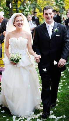 Celebrity Wedding Dresses - Alyssa Milano - Vera Wang