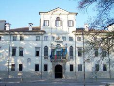 Udine_-_Palazzo-Belgrado.jpg