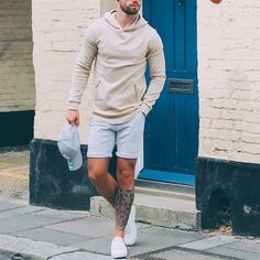 Check out Cool look by Tag us in your pictures for a chance to get featured. For daily fashion Men Looks, Casual Shorts Outfit, Stylish Men, Men Casual, Daily Fashion, Mens Fashion, Fashion Photo, Moda Blog, Mens Trends
