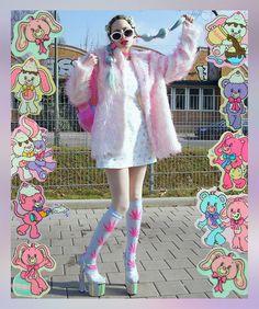 Pastel nineties clothes wootwoot Pastel Fashion, Big Fashion, Look Fashion, Fashion Beauty, Mode Harajuku, Harajuku Fashion, Kawaii Fashion, Harajuku Girls, Melanie Martinez Style