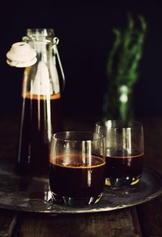 "Mulled wine and hot chocolate ""モルドワイン"" 仏:vin chaud 独:Gluhwein"