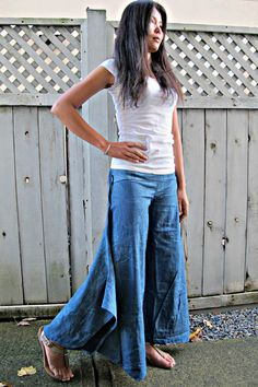 New Indigo blue bamboo leaves Wide Leg Pants by Siamurai on Etsy #leggings #trousers #comfypants