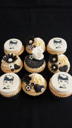 Mrs B's Queen of Cakes