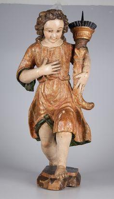 ANJO TOCHEIRO - Importante imagem luso-brasileira esculpida em madeira policromada. Século XVIII. 65 cm. Base R$7.000,00. Set15.